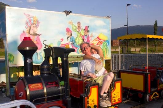 Jeg dristet meg på barnetoget sist gang vi hadde tivoli i byen. Sist jeg tok karusell før det var i 1987.
